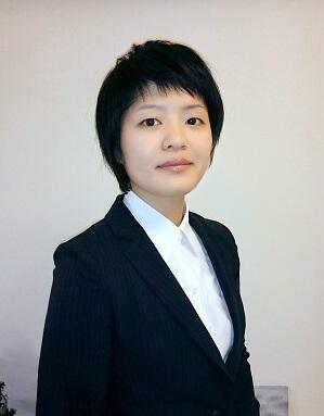 弁護士 塚本菜那子